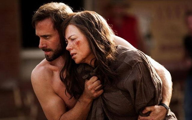 Nicole Kidman e Hugo Weaving em foco no trailer do drama «Strangerland»